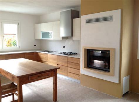 misure cucine moderne cucine moderne su misura in legno massiccio