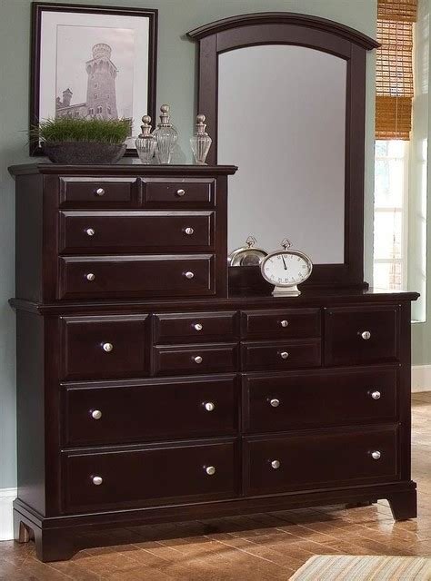 Bedroom Set With Vanity Dresser 10 Drawer Vanity Dresser Set In Merlot Finish Transitional Bedroom Makeup Vanities By