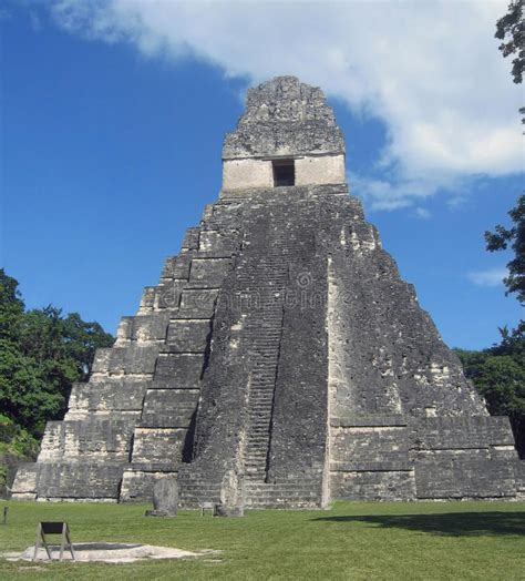 imagenes del gran jaguar en tikal guatemala tikal templo del gran jaguar imagenes de