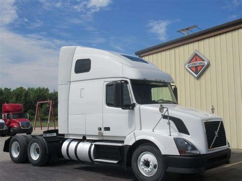 heavy duty volvo trucks for 2012 volvo vnl64t670 sleeper semi truck for sale 336 847