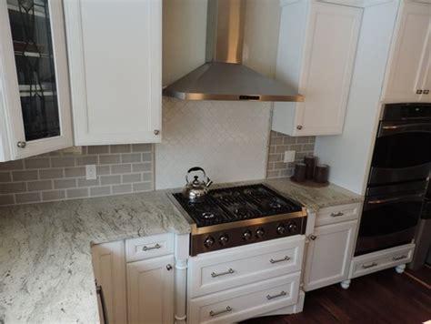 river white granite white cabinets backsplash ideas river white granite white cabinets backsplash ideas