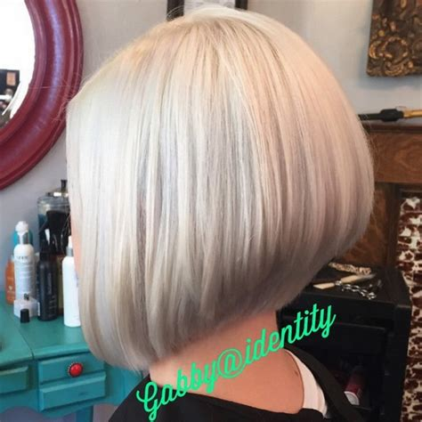 short stacked haircuts for fine hair that show front and back 21 hottest stacked bob hairstyles hairstyles weekly