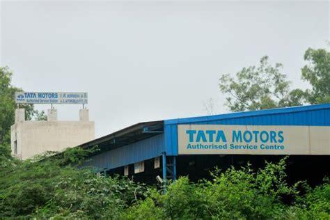 global wholesale motor co tata motors global wholesale vehicle sales fall 17 5 in