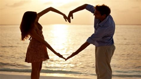 themes for couples pictures 15 beach photoshoot ideas for couples youtube