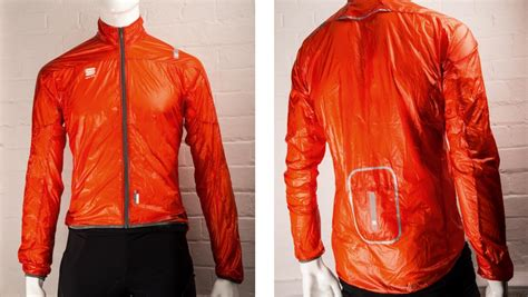best lightweight cycling jacket buyer s guide best lightweight packable cycling jackets