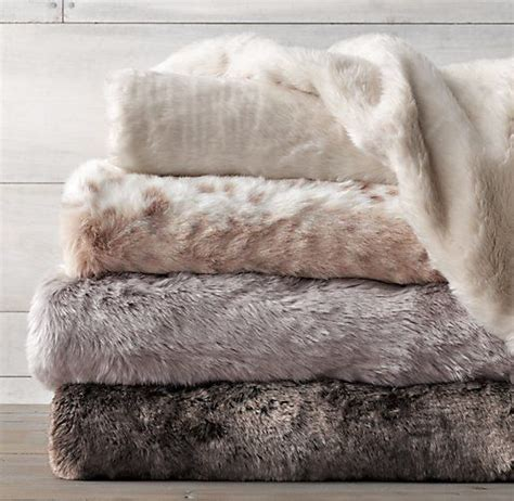 Fur Quilt by Best 25 Fur Throw Ideas On Comfy Bed White
