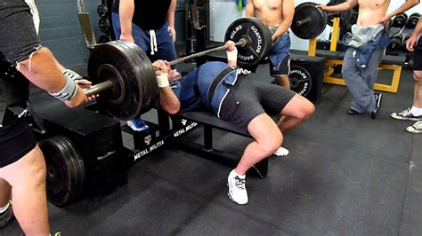 how to warm up for bench press ross bench press warm up in a denim shirt youtube