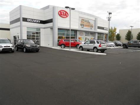 Kia Dealerships Michigan Kia Of Lansing Car Dealership In Lansing Mi 48911 5959