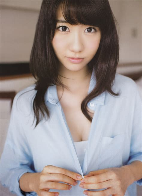 "AKB48 Yuki Kashiwagi ""Futarikiride"" on Friday Magazine"
