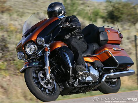 Polo Harley Davidson For Bikers Original Hd Touring 2014 harley davidson touring rides motorcycle usa
