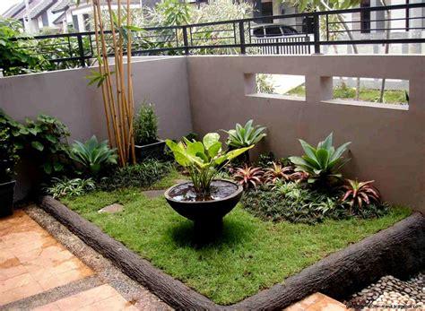 foto desain taman depan rumah taman minimalis di lahan sempit gallery taman minimalis