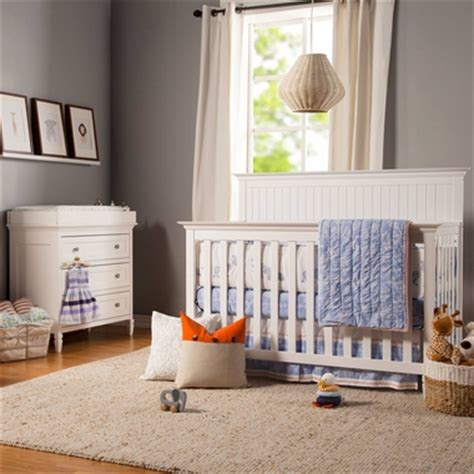 Davinci Nursery Furniture Sets Davinci 2 Nursery Set 3 In 1 Convertible Crib And 3 Drawer Changer In White