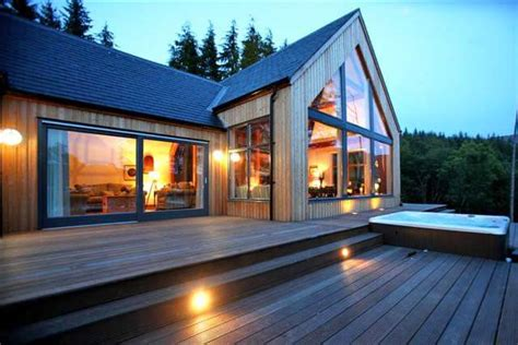 Luxury Lochside Cottages Scotland by Knoydart House Remote Self Catering On West Coast Of Scotland With Tub