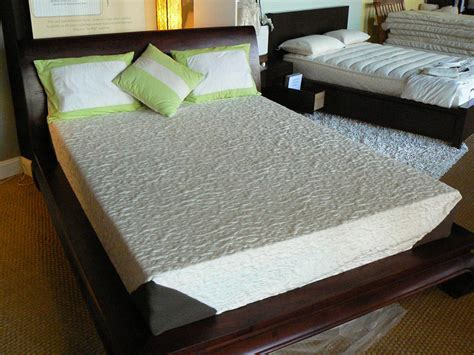 Platform For Memory Foam Mattress Memory Foam Mattress Platform Bed Type Room Decors And Design Learn More About Memory Foam