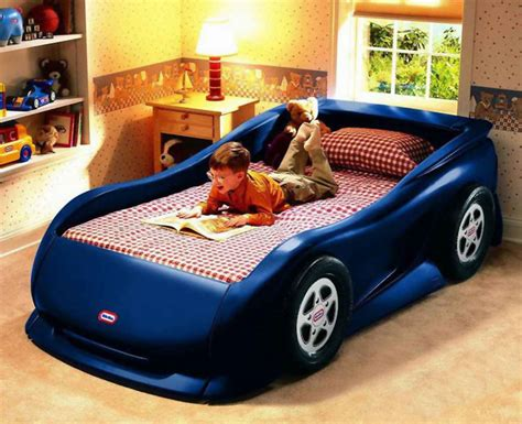 letto per bambini a forma di macchina 70 letti per bambini a forma di macchine e veicoli vari