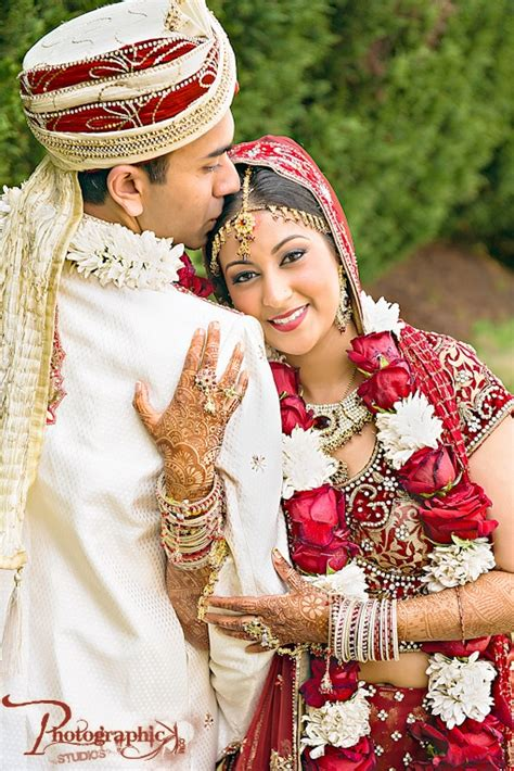 Marriage Photography Images by Traditional Indian Wedding On Indianweddingsite