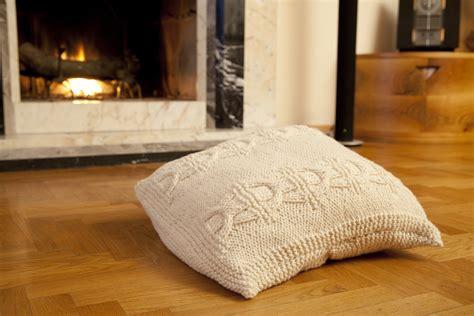 cuscino a maglia cool cuscini ai ferri schemi gp34 pineglen