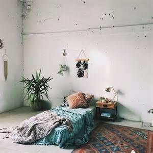 25 best ideas about bed on floor on floor
