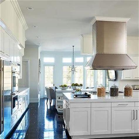 Khloe Kitchen Cabinets by Black And White Kitchen Design Ideas