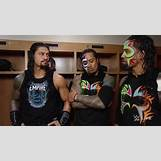 Roman Reigns And The Usos Football | 640 x 360 png 467kB