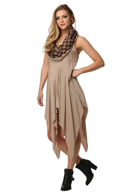 womens wars hooded dress