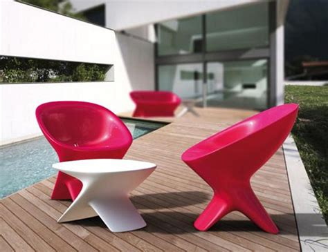 Molded Plastic Outdoor Chairs by Useful Ideas On How To Choose The Best Molded Plastic Chairs Modern Home Design Gallery