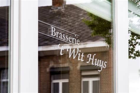 het witte huis nijlen brasserie t wit huys in nijlen met openingsuren brasseries