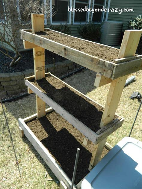 diy pallet diy gardening box