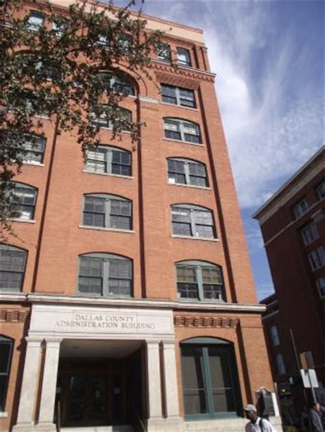 Sixth Floor Museum Parking by 6th Floor Museum Book Depository Picture Of The Sixth