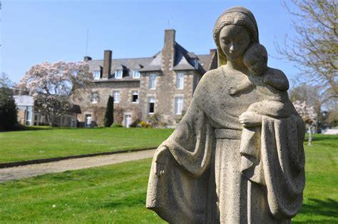 Foyer Notre Dame De La Nativite Orphanage by Retraite De 6 Jours Pour Tous