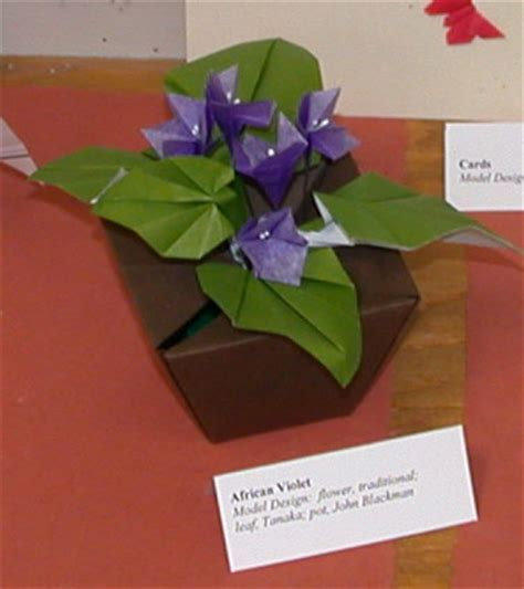 How To Make Paper Violets - blackman violet