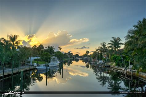 Daylight Detox Palm Gardens by With Sunrays Cabana Colony Canal Palm