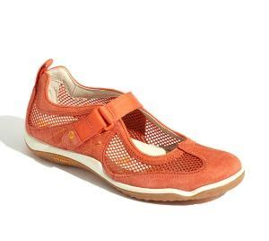 Comfortable City Walking Shoes by Best 25 Walking Shoes Ideas On Shoes