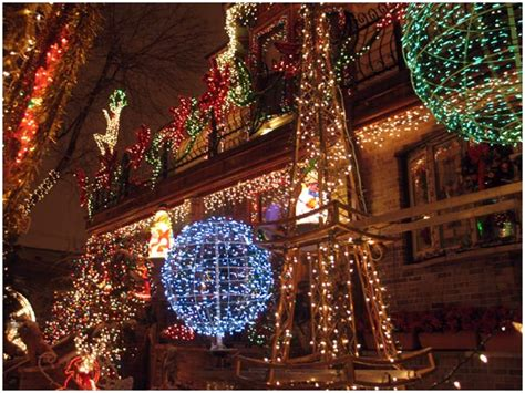 christmas lights in the city of logan house of lights logan square avoision avoision