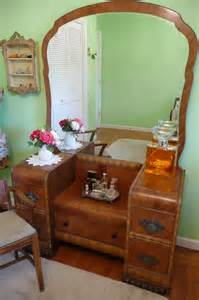 lovely deco waterfall vanity mirror and bench