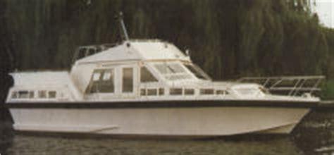 freeman 41 boats sale freeman cruisers the range