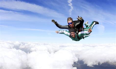 sky dive tandem skydiving skydiving tullahoma groupon
