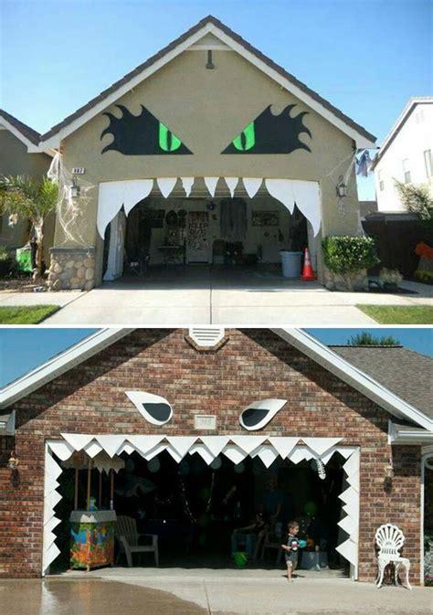 awesome garage door decorating ideas  halloween