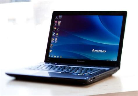 Laptop Lenovo Ideapad Y480 lenovo ideapad y480 slide 4 slideshow from pcmag