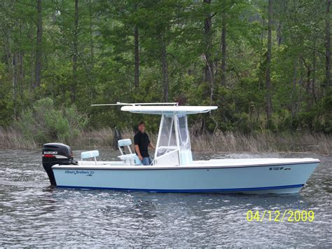 boat paint top ice blue hull color dark blue bottom color what color t