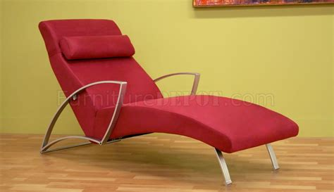 Contemporary Chaise Lounge Contemporary Chaise Lounge With Metal Legs
