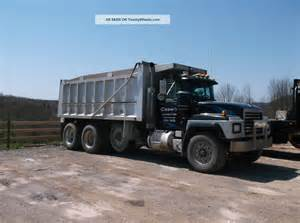 2001 mack rd600