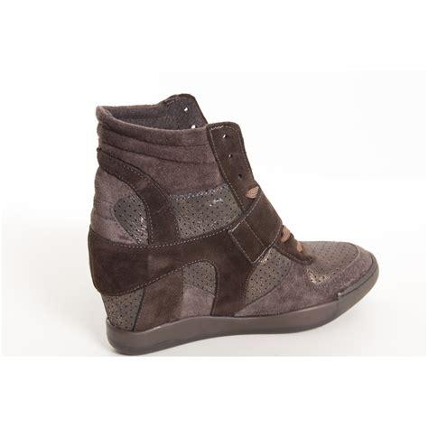 sneakers tacco interno ovye sneakers scarponcino con tacco interno marrone