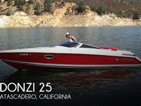 donzi boat second hand donzi z25 in florida open boats used 09810 inautia