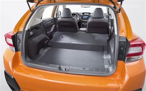 subaru crosstrek interior trunk comparison subaru crosstrek limited 2018 vs toyota