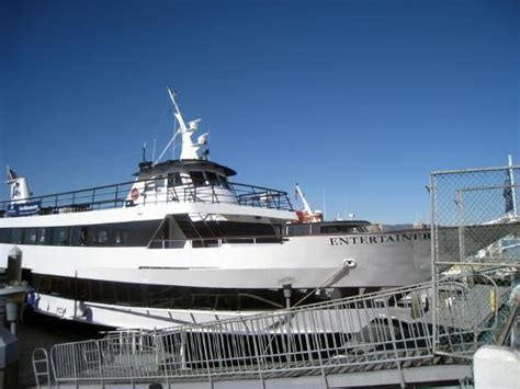 yacht zumbrota wedding aboard zumbrota picture of hornblower cruises