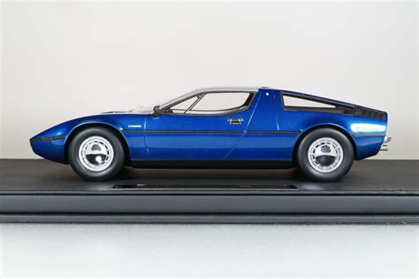 maserati bora top marques collectibles maserati bora 1 18 blau top25b