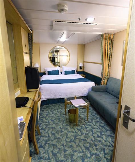 How Many Cabins On A Cruise Ship by How To The Right Cruise Cabin For An Enjoyable Experience