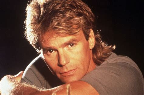 macgyver cast why original macgyver richard dean anderson won t be in