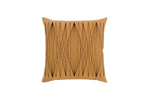 cuscini di arredamento cuscini lines arredamento di design arper